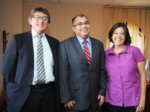 Gobernador de Parinacota Roberto Lau, Intendente Regional Emilio Rodríguez y Gobernadora de Arica Andrea Murillo