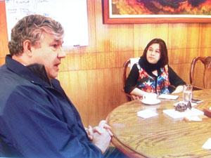 Koldo Echebarría representante del Banco Interamericano de Desarrollo, intendenta (s) Andrea Murillo.