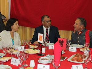 Gobernadora de Arica Andrea Murillo, intendente regional Emilio Rodríguez, comandante en jefe del Ejército General Humberto Oviedo