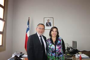 Nuevo cónsul de Chile en Tacna, Gustavo Díaz Hidalgo y gobernadora de Arica Andrea Murillo Neumann