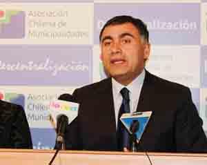 Presidente Asociación Chilena de Municipalidades (AChM), Alcalde de Maipú, Christian Vittori