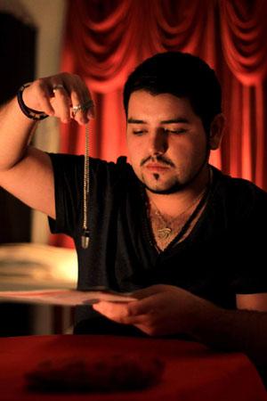 Ricardo Quinteros Alonzo, Psíquico ariqueño.