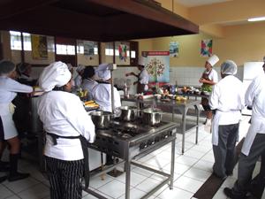 T cnicas de vanguardia en gastronom a conocieron alumnos for Tecnicas de vanguardia gastronomia