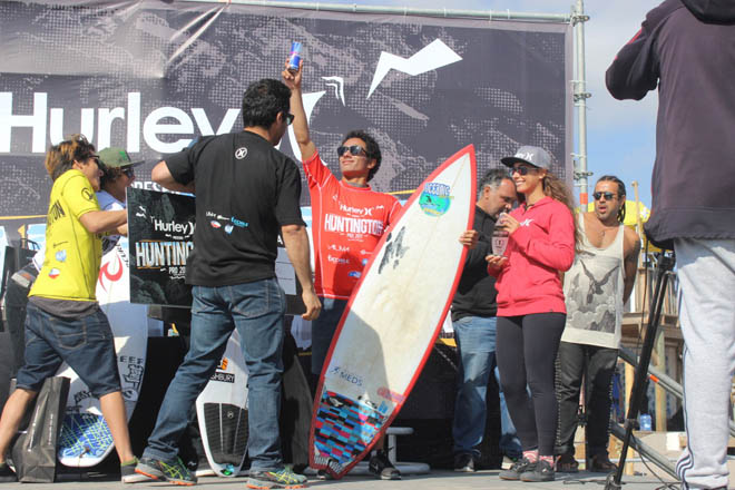 surf_robereto_araki