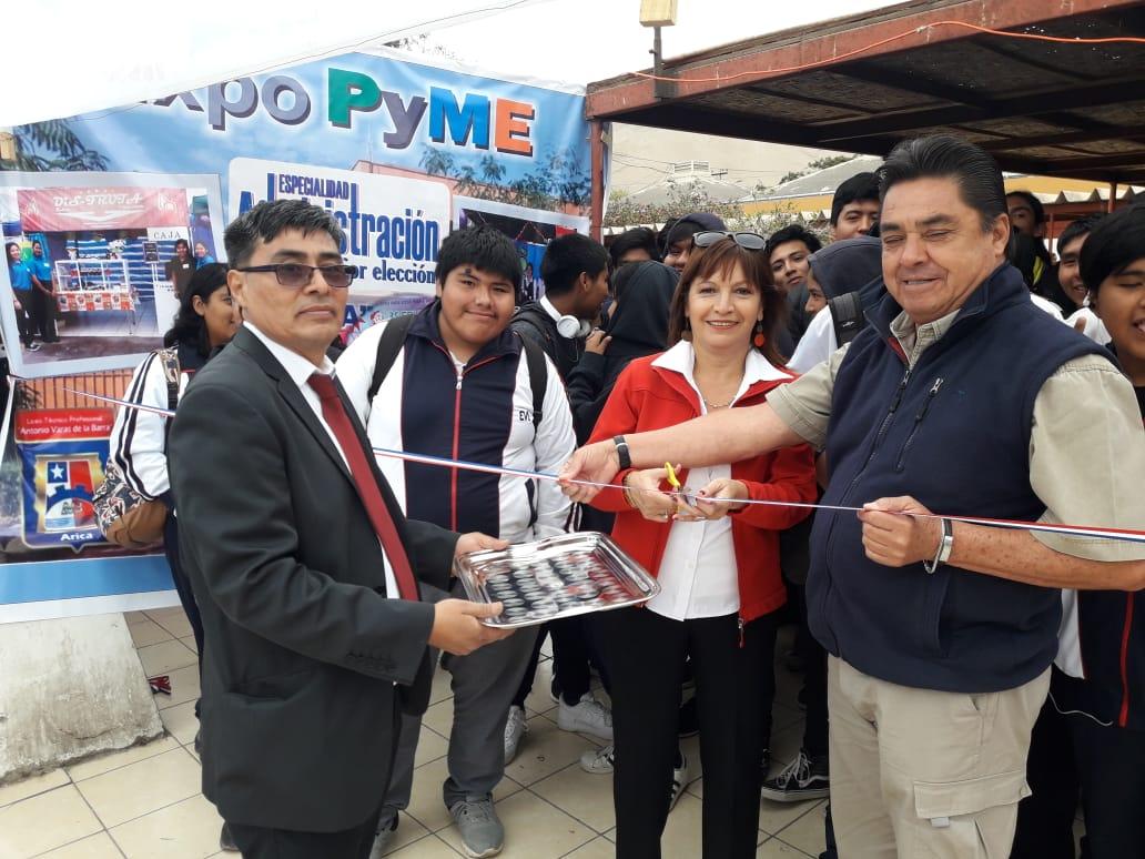 Inauguración Expo Pyme LIceo B-4