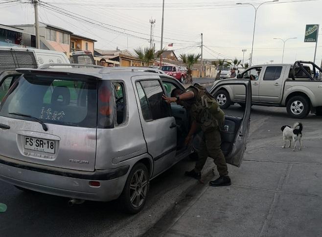 DOS DETENIDOS POR PORTE DE ARMAS 1RA COM (2)