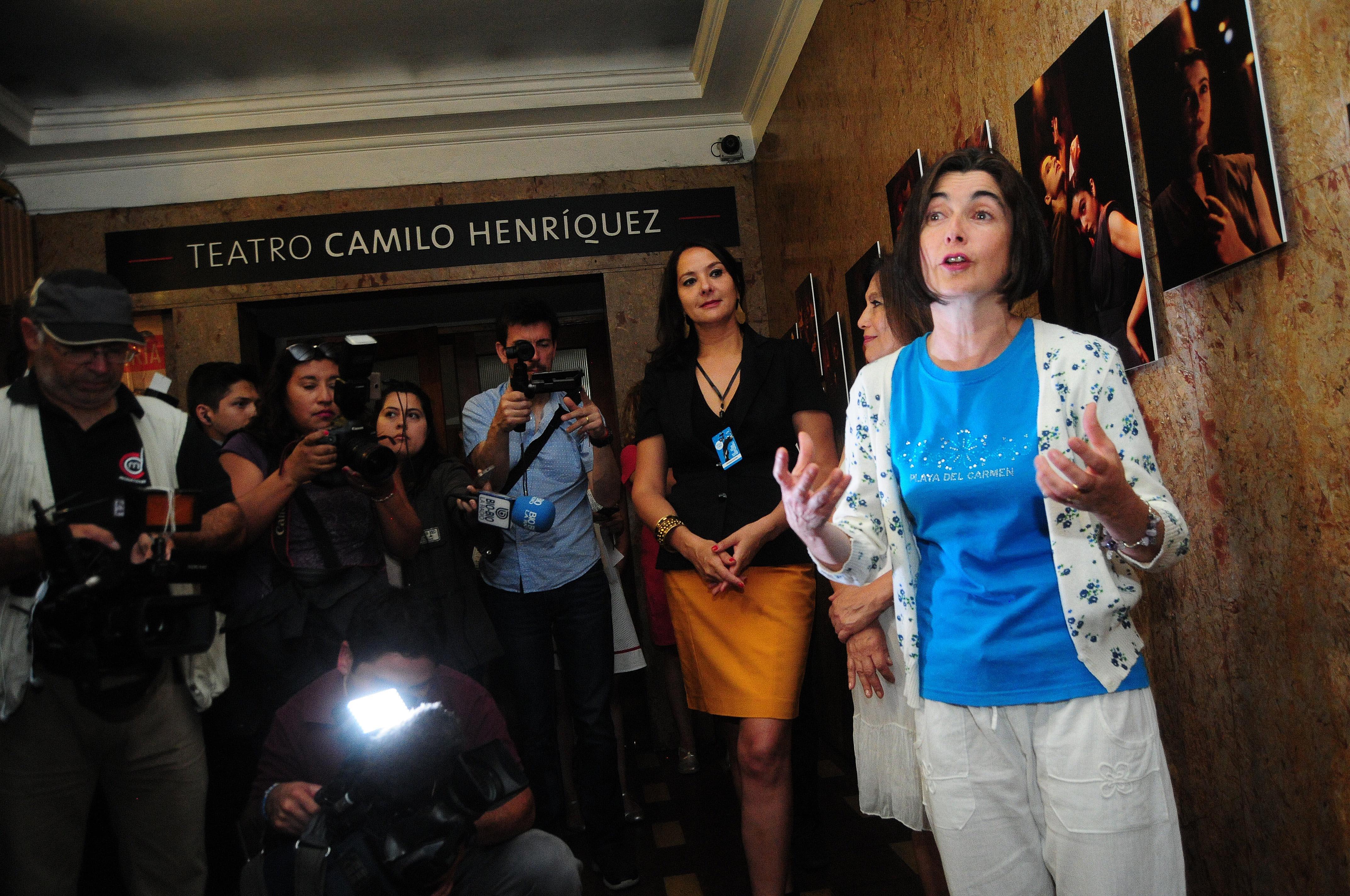 Con un recorrido por el teatro Camilo Henriquez se da inicio a Teatro a Mil