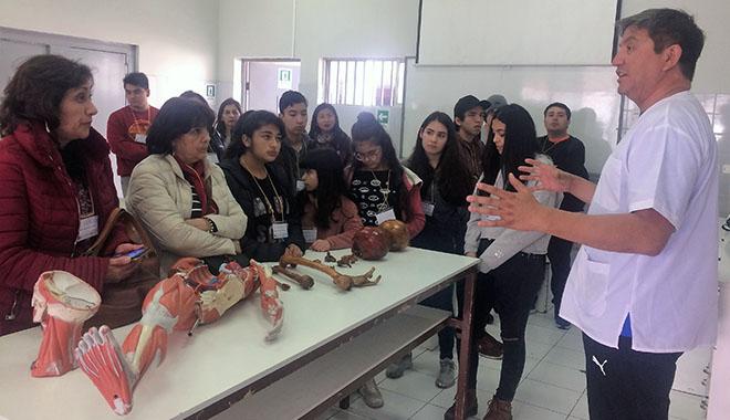 Estudiantes premiados Explora CONICYT