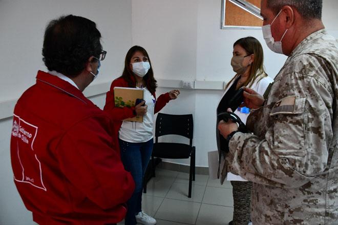 Intendente, Seremi Salud, Directora de Salud y Jefe de la Defensa