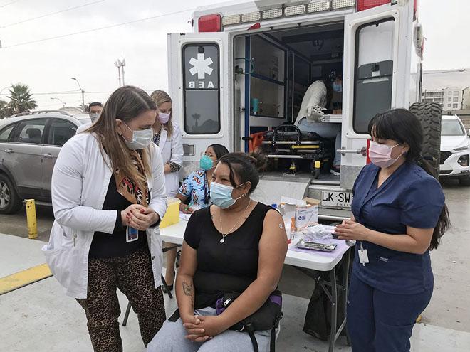 02 clinica movil vacunación covid arica